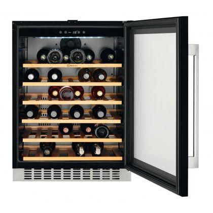 Racitor de vinuri incorporabil Electrolux ERW1573AOA, 46 sticle
