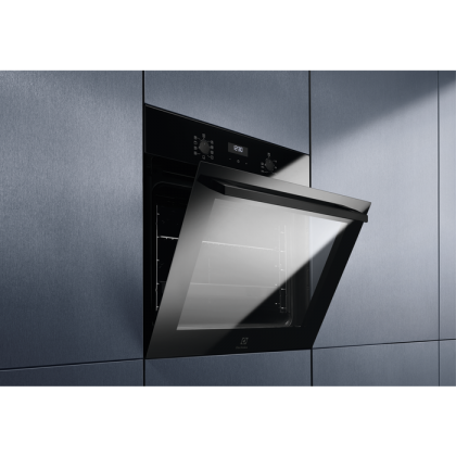 Cuptor incorporabil electric Electrolux EZF5C50Z, catalitic, negru