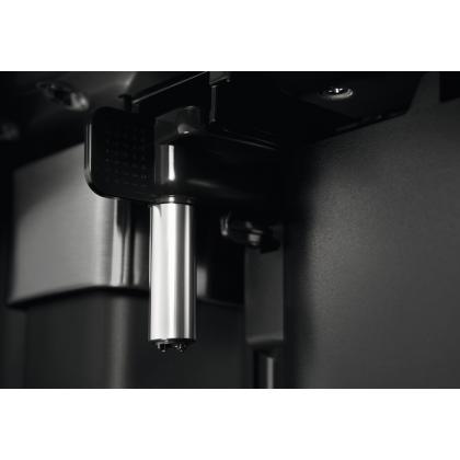 Espressor incorporabil Electrolux PRO 900 EBC65X, inox si negru, recipient lapte, rasnita