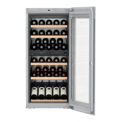 Vitrina de vin incorporabila Vinidor Liebherr EWTgw 2383, sticla alba, 2 zone de temperatura individuala, protectie UV, 169 l, 51 sticle