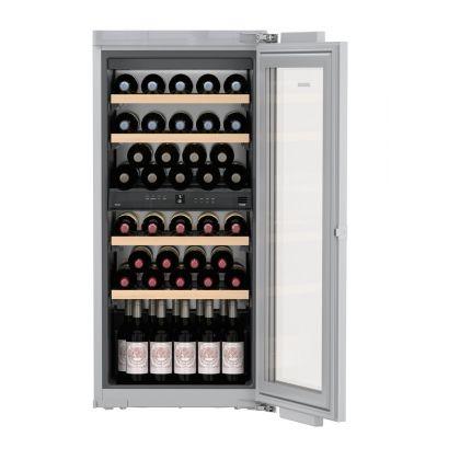Vitrina de vin incorporabila Vinidor Liebherr EWTdf 2353, panou decorativ, 2 zone de temperatura individuala, protectie UV, 158 l, 48 sticle