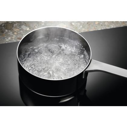 Plita incorporabila inductie Electrolux EIV87675, 80 cm, Hob2Hood, CleverHeat, Timer individual, Neagra