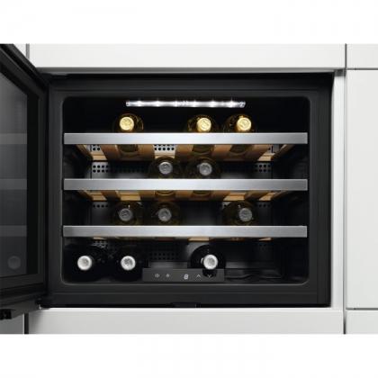 Racitor de vinuri incorporabil Electrolux ERW0670A, clasa A+, 24 sticle
